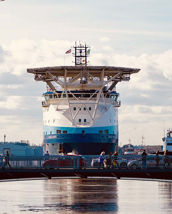 Multi-purpose support vessel, Ievoli Ivory, sails in to East Anglian Port