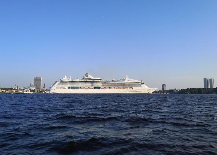 Even Larger Cruise Ships to Enter Riga Centre
