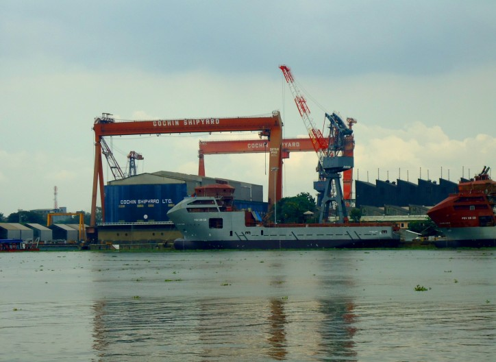 Cochin Shipyard Limited signs MOU with Russian Firm for development of vessels