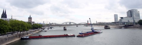Barges aground cause collision on the Rhine, Maranta