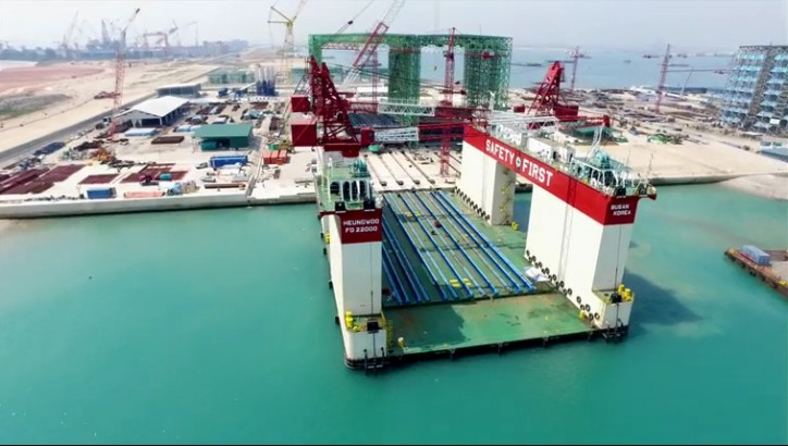 Video construction installation of 1st caisson at tuas for Caisson maritime