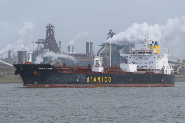d'Amico International Shipping S.A announces the sale and lease-back of one of its MR vessels