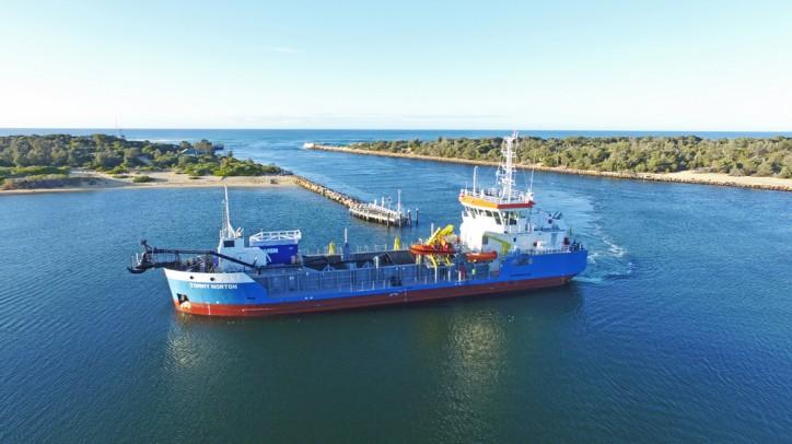Damen TSHD 650 Tommy Norton begins operations at Gippsland Lakes, Australia