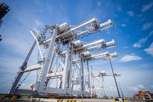 Port of Houston Commissions North America's Largest Cranes