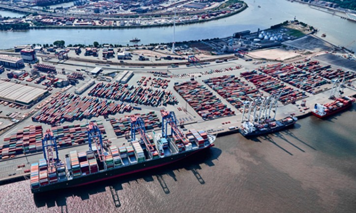 HHLA Orders Three more Container Gantry Cranes For 20,000-TEU Ships