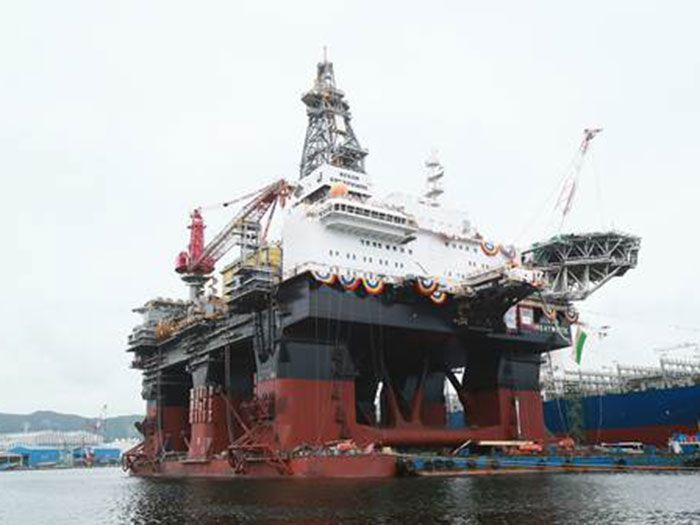 Hyundai Heavy Delivers World's Largest Semi-submersible Drill Ship