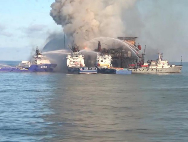 VIDEO: Firefighting efforts continue at Gunashli 10 platform