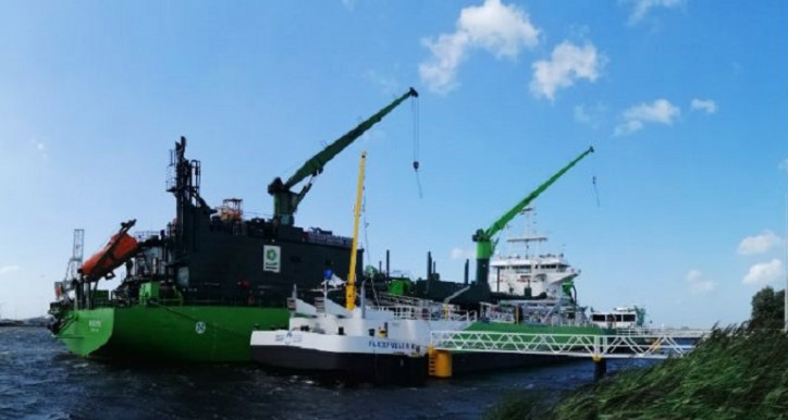 Titan LNG's FlexFueler bunkers DEME's LNG-powered dredger