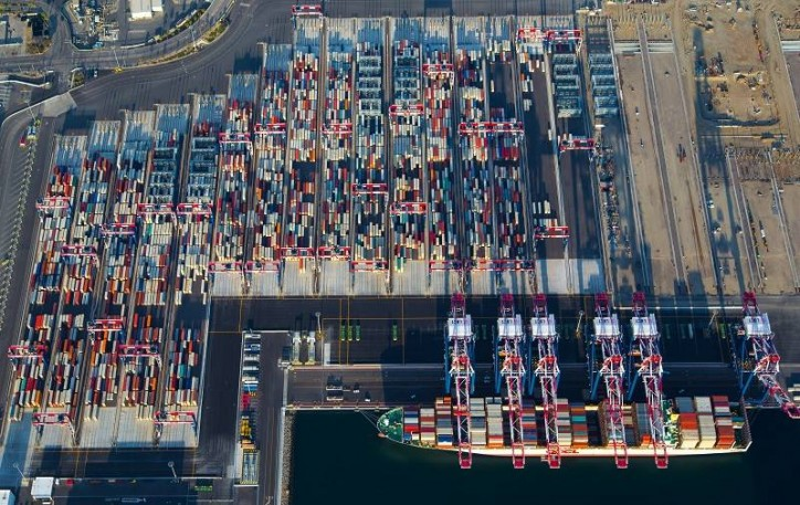 Port of Long Beach sets record for October cargo