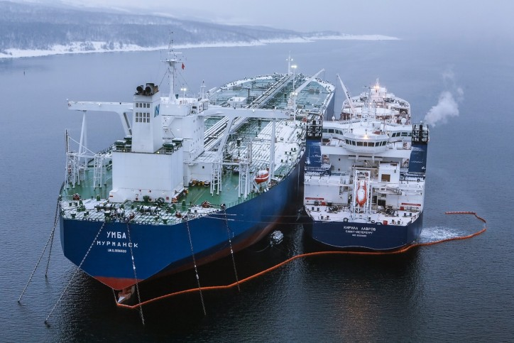 Gazprom Neft launches new logistics scheme for transshipments of Arctic oil