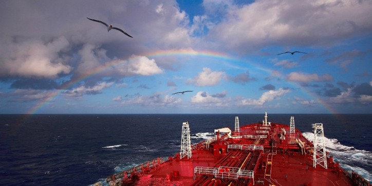 Nordic American Tankers (NAT) announces time-charter arrangements with major oil companies
