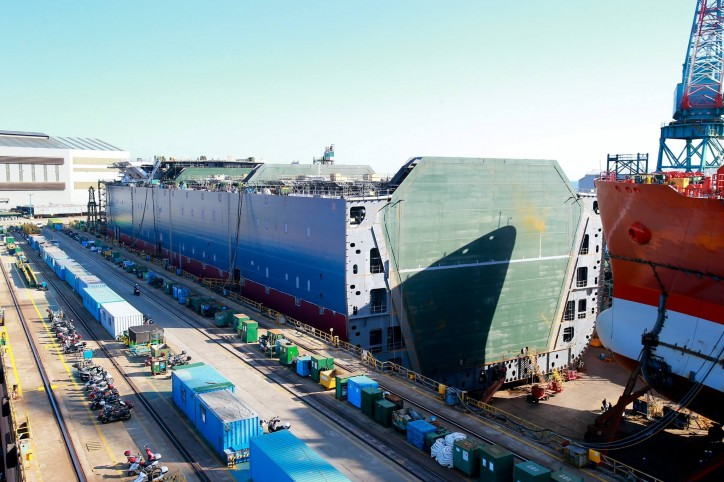 Höegh LNG : Signed firm agreement with Samsung Heavy Industries for its next series of FSRUs