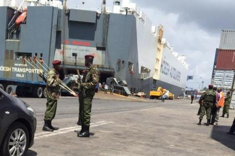 The 6,500-ceu Norwegian car carrier Hoegh Transporter seized at Mombasa port by the local Security agencies, believed to be smuggling drugs and firearms into the country.
