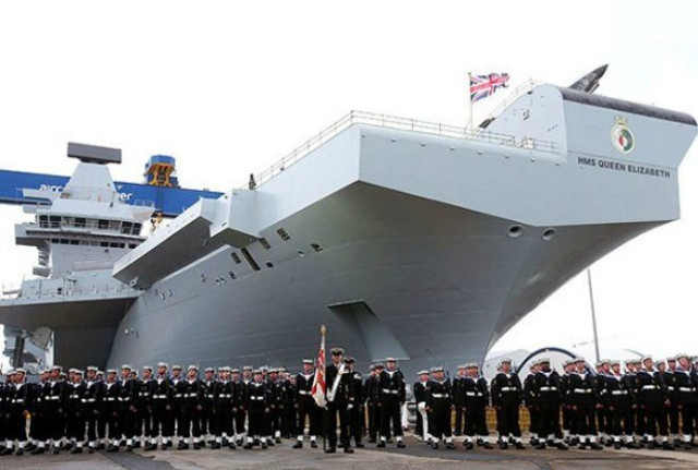 HMS Queen Elizabeth - the Largest UK warship powers up