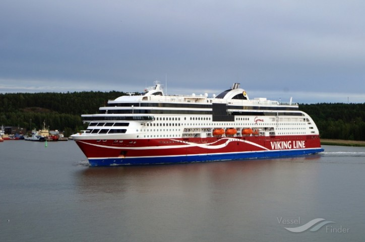 Viking Line donates EUR 40,000 for protection of the Baltic Sea
