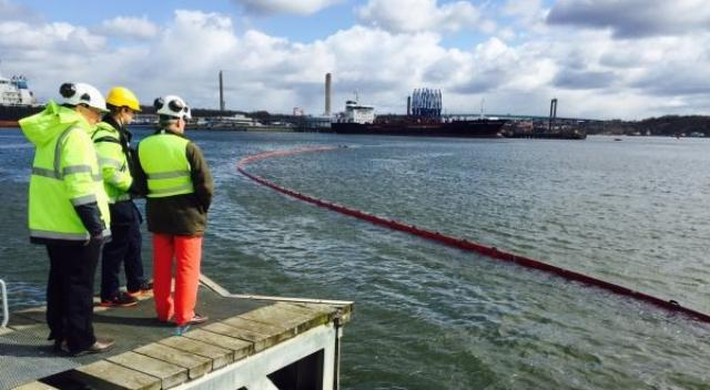 New robot in place to contain oil spills in Port of Gothenburg