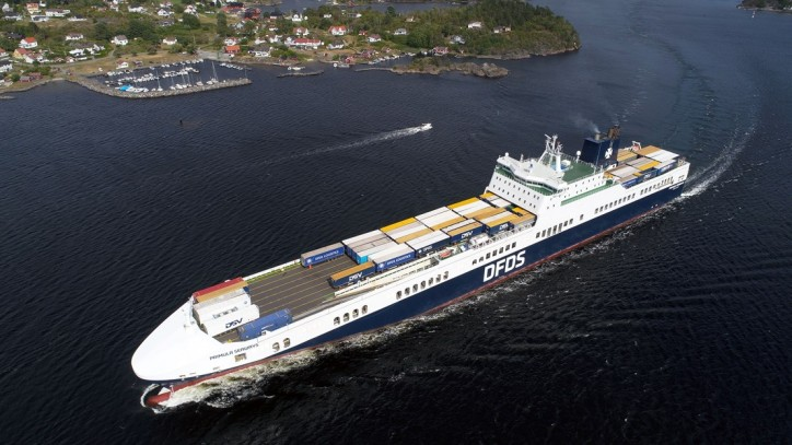 DFDS: Ship swap and charter of ship secure capacity for Gothenburg - Ghent route