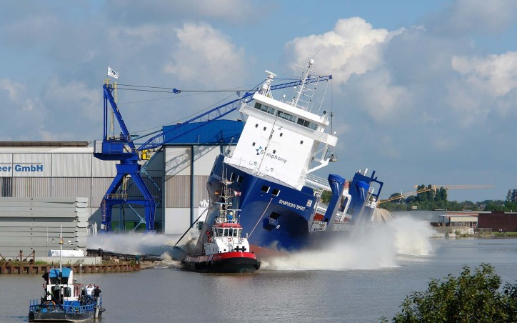 Video: Ferus Smit's Nb. 421 'Symphony Spirit' successfully launched in Leer