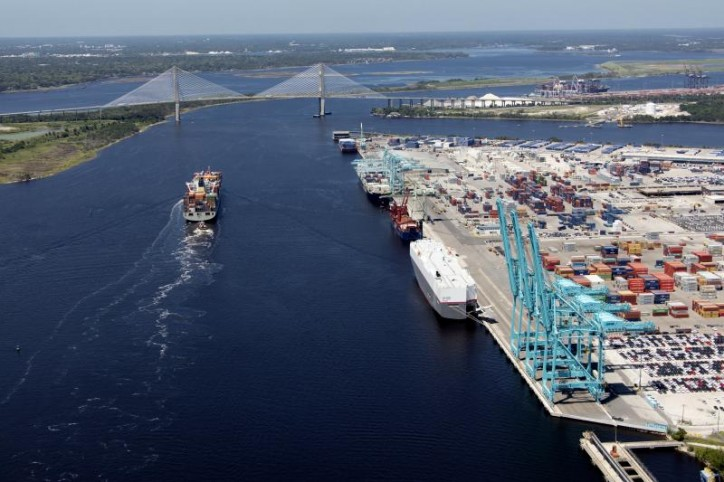JAXPORT sets new monthly container volume record