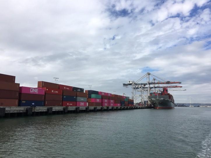 Port of Oakland import volume increased 9 percent last month