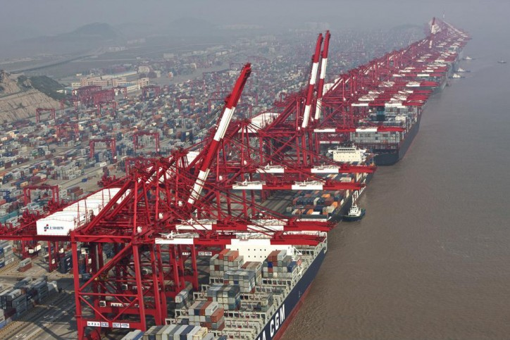 Shanghai wants to be global shipping hub