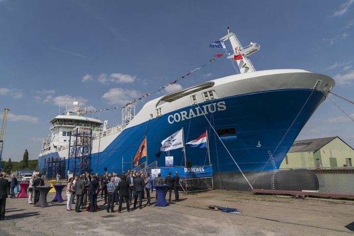 Ultra-modern 5,800 cbm LNG bunker vessel Coralius named in ceremony