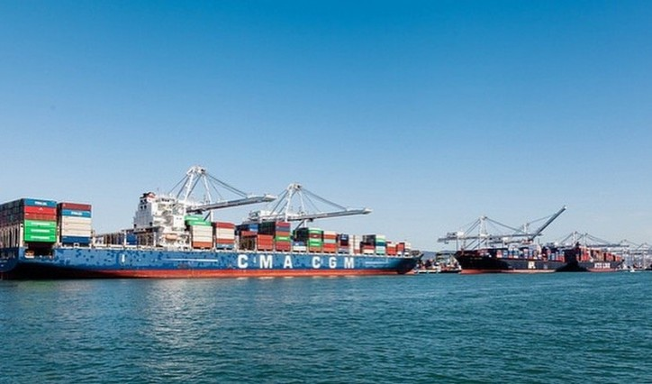 Port of Oakland shatters record for peak season cargo volume