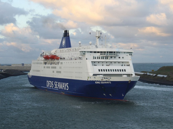 DFDS signs bareboat charter with Siem Group for two ro-ro freight new buildings