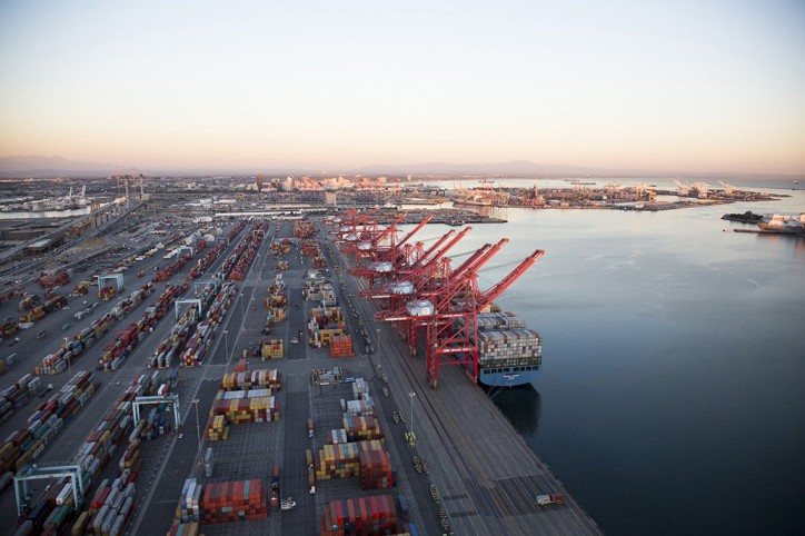 Port of Long Beach Surges Past 2016 Cargo Volume