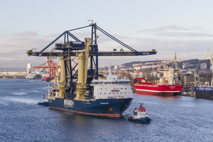 WATCH: JUMBO completes successfully two shipments of two giant ship unloaders