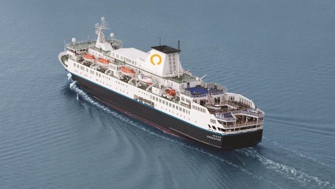 Quark Expeditions Cruise ship sustains damage in Antarctica