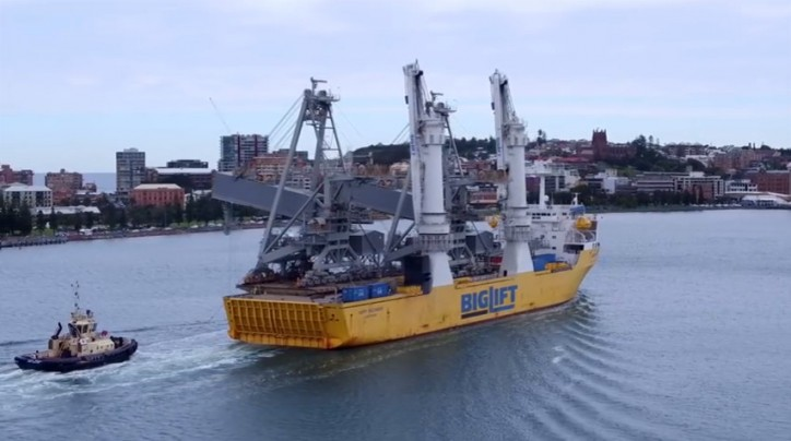 Video: BigLift's Happy Buccaneer arriving in Newcastle NSW