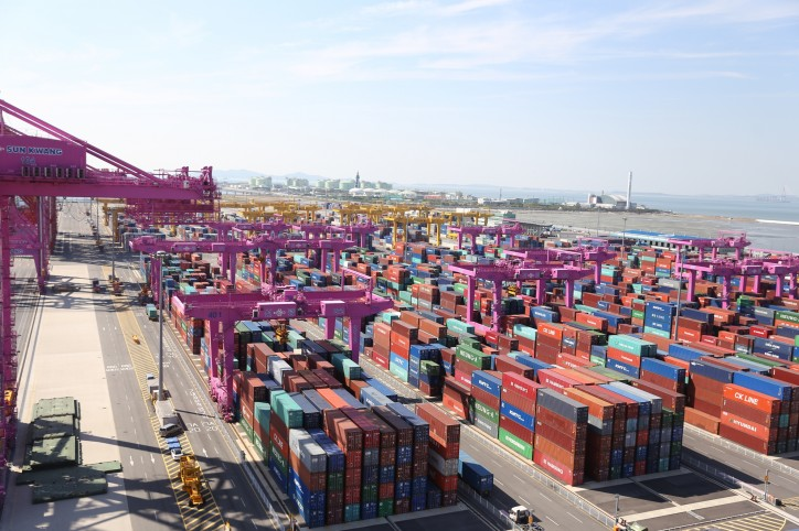 Incheon Port Handled 2.68M TEUs of Container Cargos in 2016