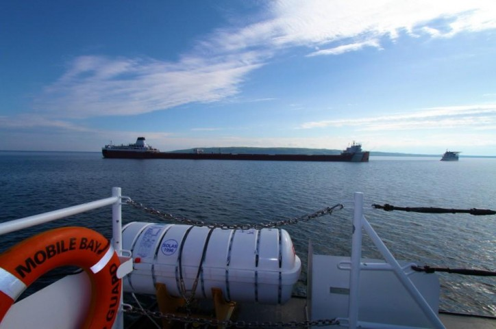 Update: Self Discharging Bulk Carrier Roger Blough remains aground in Lake Superior