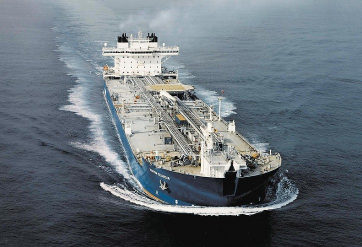 Tanker prices suggest oil glut is diminishing
