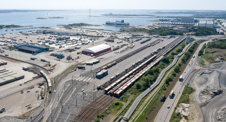 Cleaner air and shorter queues in Gothenburg following transfer to new terminal (Video)