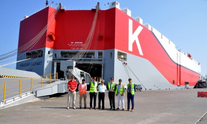 New generation vehicle carrier docks at SOHAR