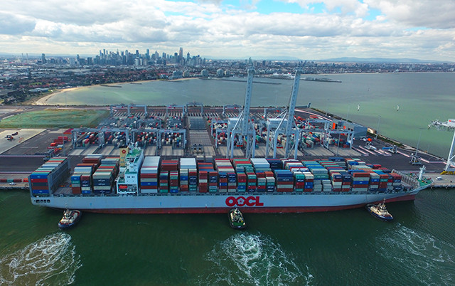 Victoria International Container Terminal facilitates big ship calls in Melbourne