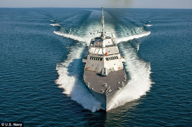 The newest U.S warship - USS Milwaukee - tested at high speeds