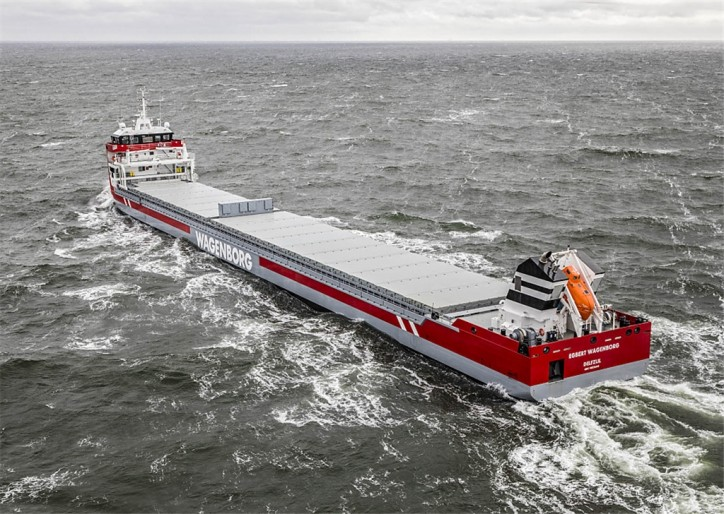 "Wagenborg Shipping wins ""Maritime KVNR Shipping Award"" with Easymax"