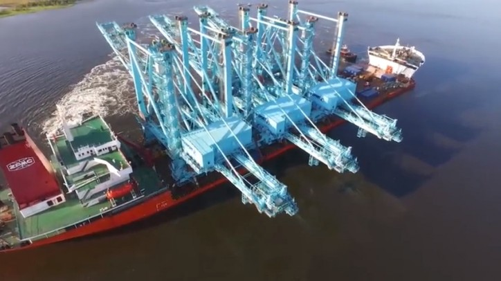 Giant Electric Container Cranes Arrive at JAXPORT (Video)