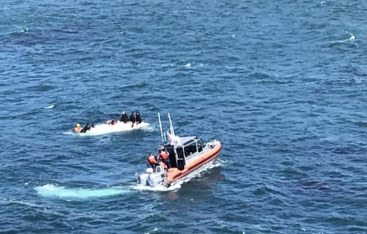 Six rescued from sinking vessel off Davenport