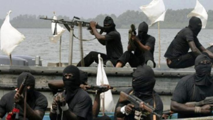 High piracy attacks push up marine insurance rate