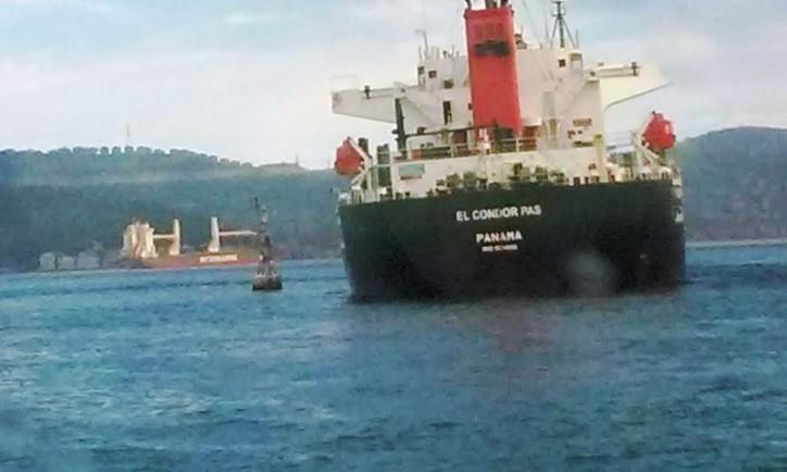 bulk carrier el condor pas ran aground in the bosphorus vesselfinder