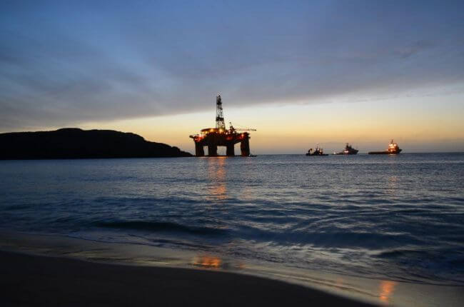 Update: Transocean Winner drilling rig refloated