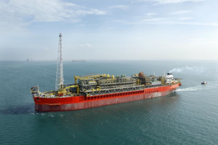 Petrobras extends contract for BW FPSO, but unit stays in lay-up