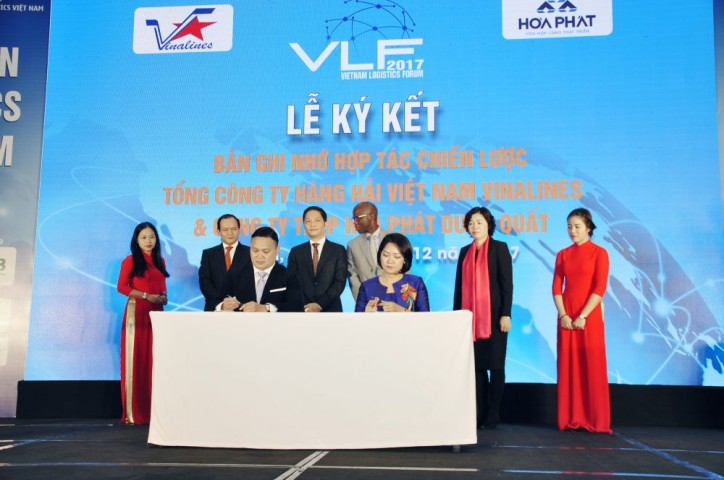 Vinalines Signs Cooperation Agreement With Hoa Phat Dung Quat Steel
