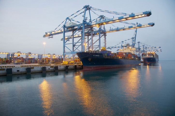 Abu Dhabi Ports and Khalidia International Shipping sign AED 80 million Musataha Agreement
