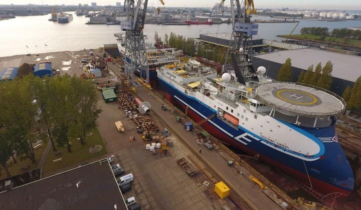 Seismic vessels 'Oceanic Sirius' and 'Oceanic Vega' complete tandem drydocking at Damen Shiprepair Amsterdam