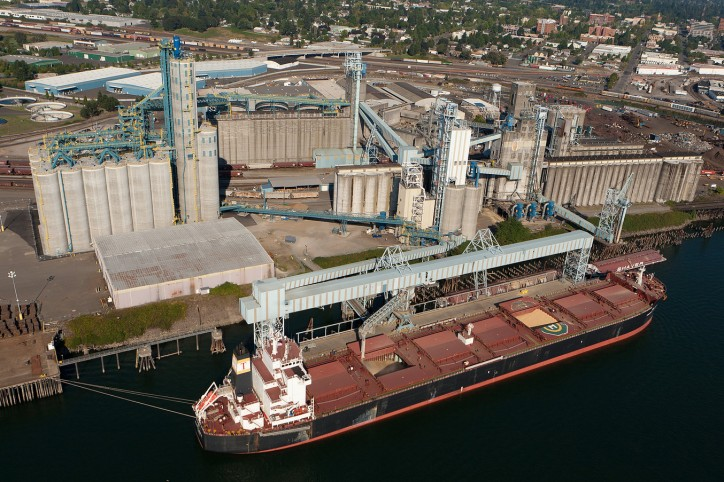 Vessel lineups increasing at Canada's West Coast